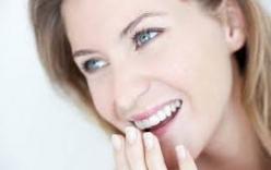 Mẹo nhỏ giúp bạn chữa hôi miệng hiệu quả thần tốc