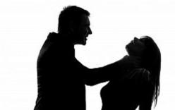 Giết vợ chỉ vì nghe giọng đàn ông trong điện thoại