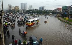 Siêu bão Thần Sấm: Hà Nội mưa lớn, nhiều tuyến đường ngập nặng