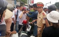Vụ bị CSGT khóa tay: Người dân lên án học sinh vi phạm pháp luật