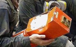 Tìm thấy hộp đen máy bay Algeria rơi, không ai sống sót