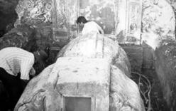 Phát hiện di cốt quý tử chôn toàn thây trong mộ cổ ở Bến Tre