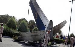 9 người sống sót kỳ diệu sau tai nạn máy bay ở Iran