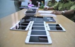 Hà Nội: Bắt giữ lô điện thoại iPhone lậu trên xe khách