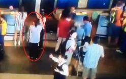 Giả gái đánh cắp ví của hành khách Vietnam Airlines