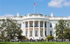 Người Mỹ nổi giận đùng đùng vì bị Đại sứ quán Anh