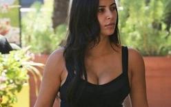 Kim Kardashian bất ngờ khoe dáng thon gọn