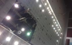 Sập trần nhà thi đấu Phan Đình Phùng, VĐV chạy tán loạn
