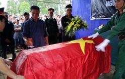 Vụ máy bay rơi ở Hòa Lạc: Thêm một chiến sỹ hi sinh