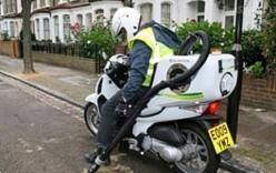 Tại sao Honda SH được dùng làm xe dọn vệ sinh ở Anh?