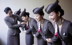 Sự thật sau vẻ hào nhoáng của các tiếp viên hàng không