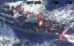 Video giải cứu 345 người tị nạn Syria lênh đênh giữa Địa Trung Hải