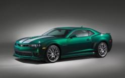 Chevrolet Camaro ra mắt phiên bản màu xanh lục độc đáo