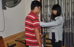 Clip: Nữ sinh lớp 12 diễn lại cảnh giết cán bộ huyện trong nhà nghỉ