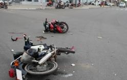 Ôtô tông 4 xe máy, 10 người thương vong