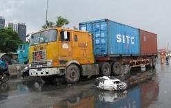 Video va chạm container 2 người thương vong