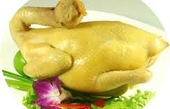 Cách chọn mua thịt gà ngon, an toàn