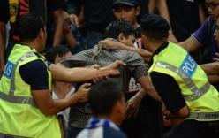 Nhóm hành hung CĐV Việt Nam trả giá đắt