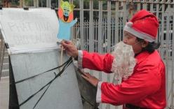 Tâm sự của ông già Noel gần 20 năm phát quà miễn phí