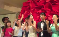 Thủy Tiên - Công Vinh quẩy cực sung trong đám cưới