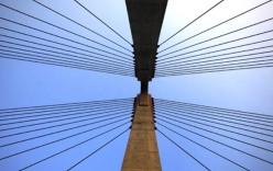 Chùm ảnh cầu dây văng gần 14 tỷ vượt sông Hồng
