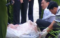 Mẹ hoảng loạn khi thấy xác con bên trong bao tải trôi sông