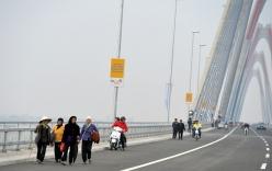 Phương tiện dừng đỗ, đi bộ lên cầu Nhật Tân sẽ bị xử phạt
