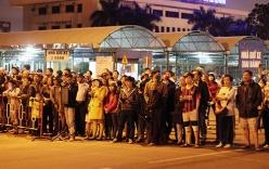 Người dân ra sân bay chờ dù ông Nguyễn Bá Thanh chưa về