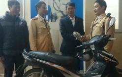 Hà Nội: Bất ngờ vì được CSGT gọi nhận lại xe máy bị trộm
