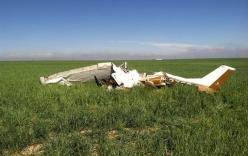 """Máy bay rơi do phi công mải mê chụp ảnh """"tự sướng"""""""