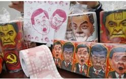 Trung Quốc thu hồi giấy vệ sinh in hình trưởng đặc khu Hong Kong