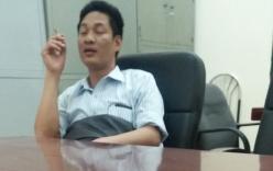 Hà Nội: Phó Chủ tịch phường Trung Văn phì phèo thuốc trong trụ sở