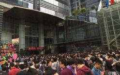5.000 nhân viên Tencent xếp hàng chờ sếp lì xì đầu năm