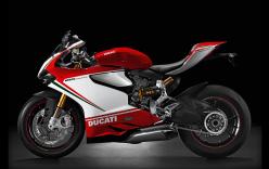 Tìm hiểu Ducati 1199 Panigale, siêu xe trong vụ tai nạn với đoàn xe motor