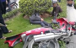 Tai nạn giao thông, nạn nhân bay vào bụi cây ven đường bất tỉnh