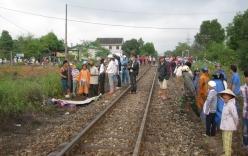 Băng qua đường sắt, hai người bị tàu kéo lê 300m tử vong