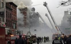 Chung cư New York đổ sập giữa biển lửa