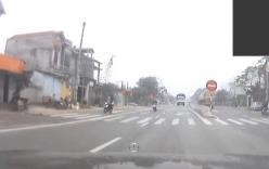Ngủ gật xe lao sang ngang đường, tài xế thoát chết may mắn