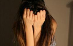 Bản tin 113 – ngày 9/4: Đang bán dâm bị khách cướp 900 nghìn đồng trong túi quần…