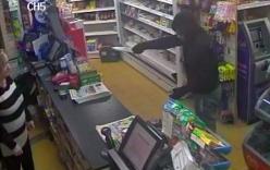 Video: Con rể đi cướp đụng mặt mẹ vợ cũ