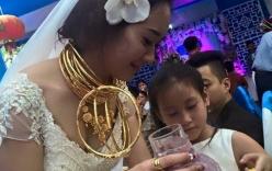 Những đám cưới đeo hàng kg vàng ở Hà Tĩnh