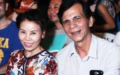 Bố mẹ Hồ Ngọc Hà rạng rỡ tới xem con gái diễn liveshow