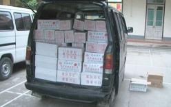 Bắt hàng tấn thực phẩm từ Trung Quốc nhập lậu vào Việt Nam