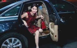 Hoa hậu Đặng Thu Thảo lái xe tiền tỷ, hội ngộ Noo Phước Thịnh