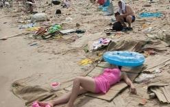 Phú Yên: Bãi biển biến thành bãi rác sau kỳ nghỉ lễ