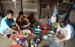 Gia đình nghèo ăn mì gói trúng thưởng 3 cây vàng