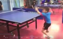 Thần đồng bóng bàn 7 tuổi của Nhật Bản làm kinh ngạc thế giới
