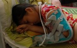 Bé gái 10 tuổi bị cha đánh đập dã man, ném xuống giếng