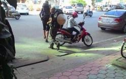 Hai khách Tây bị cướp 400 USD tại Hà Nội đã sang Trung Quốc?