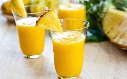 Cách làm sinh tố dứa ngọt mát, hấp dẫn trong mùa hè nắng nóng